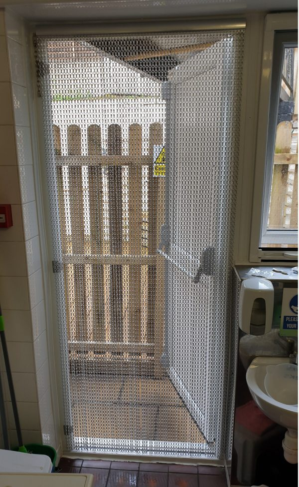 chain fly screens