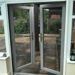 Single retractable insect screen doors