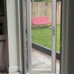 Single retractable insect screen door